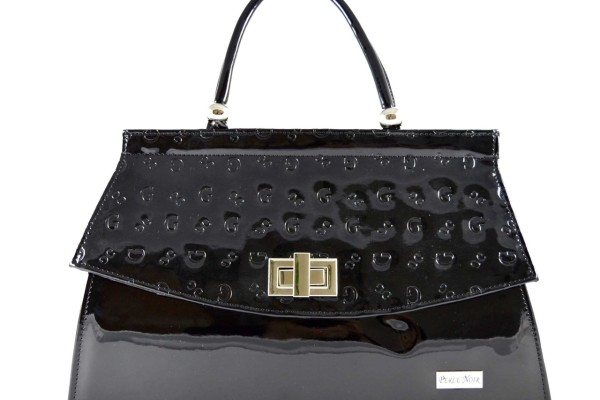 Proč tolik utrácíme za drahé kabelky? #Bulvár