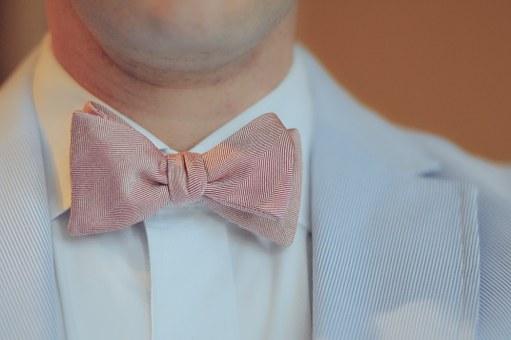 8e02e26f4de Díky novým trendům je dopřáno kombinovat stylové gentlemanské kravaty po  vzoru anglických či italských elegánů. Můžete kombinovat causal módu i  luxus.